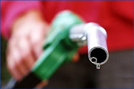 42 درصد از بنزین 400 تومانی موجود در کارتهای سوخت مصرف شده