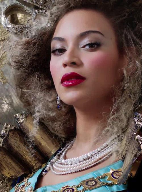 متن آهنگ بیانسه Beyonce - Grown Woman