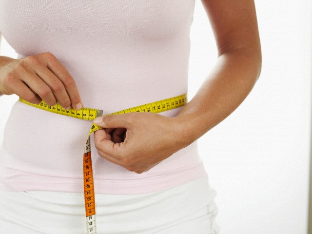 گرچه والدین از داشتن کودکان چاق ابراز خرسندی میکنند، اما غافل هستند که سلولهای چربی از زمان کودکی در تمام بدن ساخته شده و در جوانی و پیری برای فرد ایجاد مزاحمت میکند