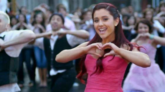 متن آهنگ Ariana Grande - Put Your Hearts Up