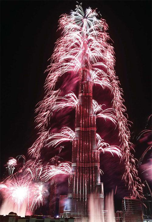 رکورد بزرگترین آتش بازی دنیا دبی
